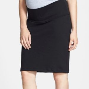 ⚡️Flash Sale ⚡️ A Pea In The Pod Maternity Skirt